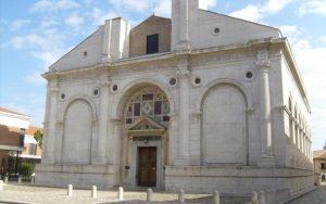 tempio malatestiano di rimini vicino al residence villa assunta