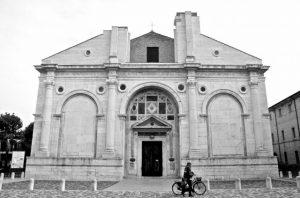 tempio malatestiano rimini residence villa assunta